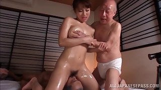 Oiled Japanese model fucked by two guys aeons ago - Mao Kurata