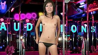 Thai dancer with a heavy pussy fucks for a gogo bar job
