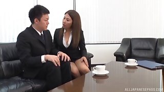 Amateur secretary drops on her knees to be fucked by her boss