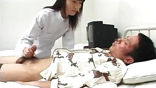 Sexy feel interest Saki Budou gives a quick handjob at hand her male patient