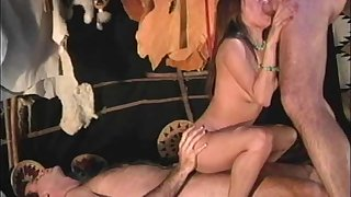 Fellow enjoys watching insatiable brunette Hyapatia Lee being fucked