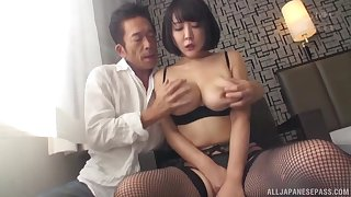 Hanyuu Arisa wears sexy black lingerie for fucking without mercy