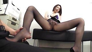 Japanese pantyhose footjob( HXAD-031)